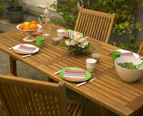 Restaurare un mobile da giardino in teak